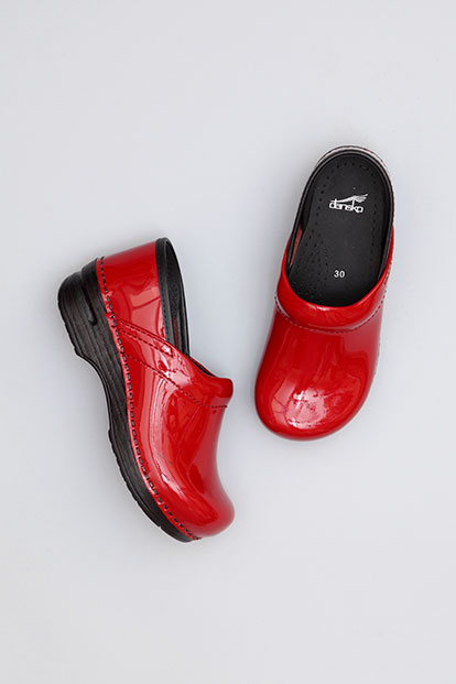 Gitte Cherry Patent from the Stapled Clog