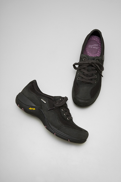 Chantal Black Milled Nubuck from the Boulder