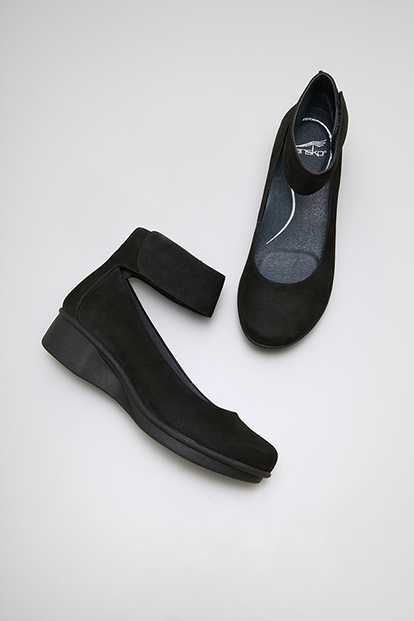 LuLu Lulu Black Nubuck from the Lyon