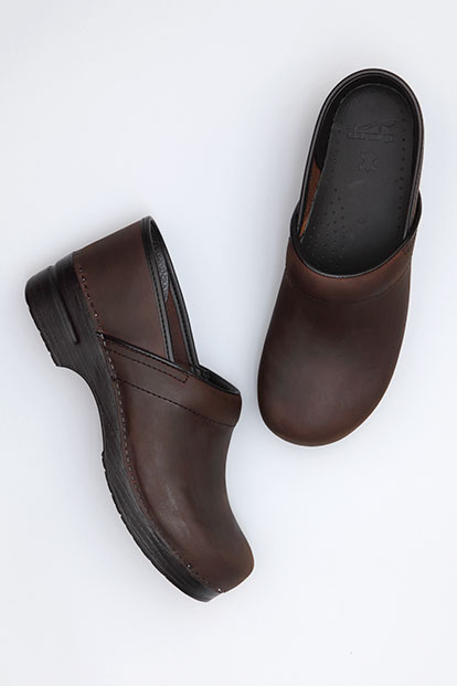 Wide Pro (Men) Antique Brown Oiled from the Stapled Clog