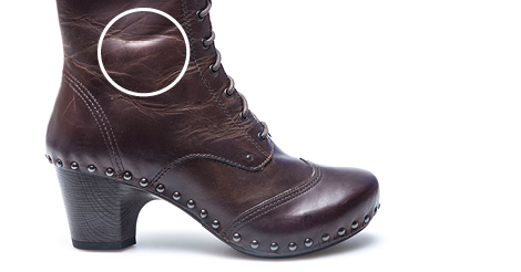 Loose Grain In Leather Can Cause Wrinkles A Natural Characteristic Which Is Not Seen Imitation