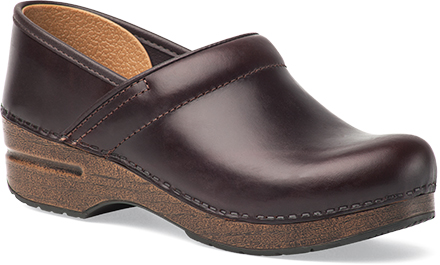 Womens Wide Pro Clogs