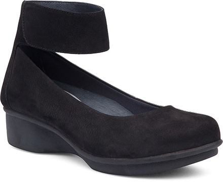Womens LuLu Flats