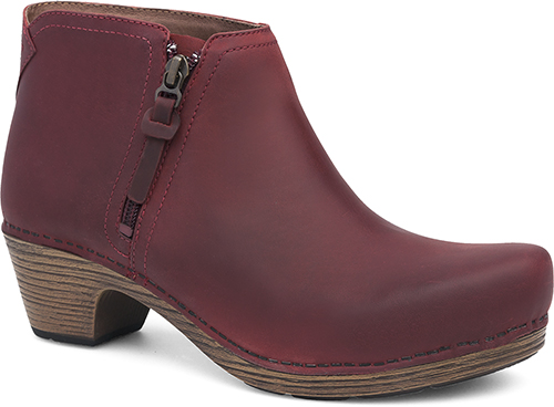Womens Max Boots