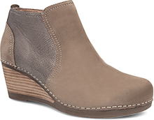 Dansko Outlet - Susan Walnut Nubuck