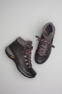 Chelsey Black Burnished Nubuck
