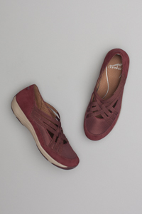 Hilde Raisin Suede