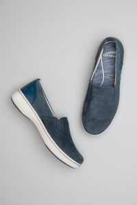 Belle Navy Suede