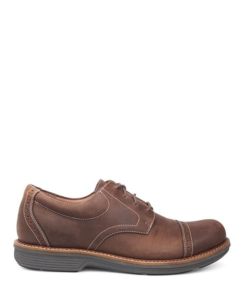 028dc34d6586c7 Picture of Justin Brown Oiled Nubuck