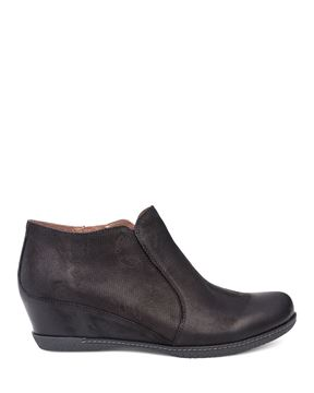 Picture of Luann Black Burnished Nubuck